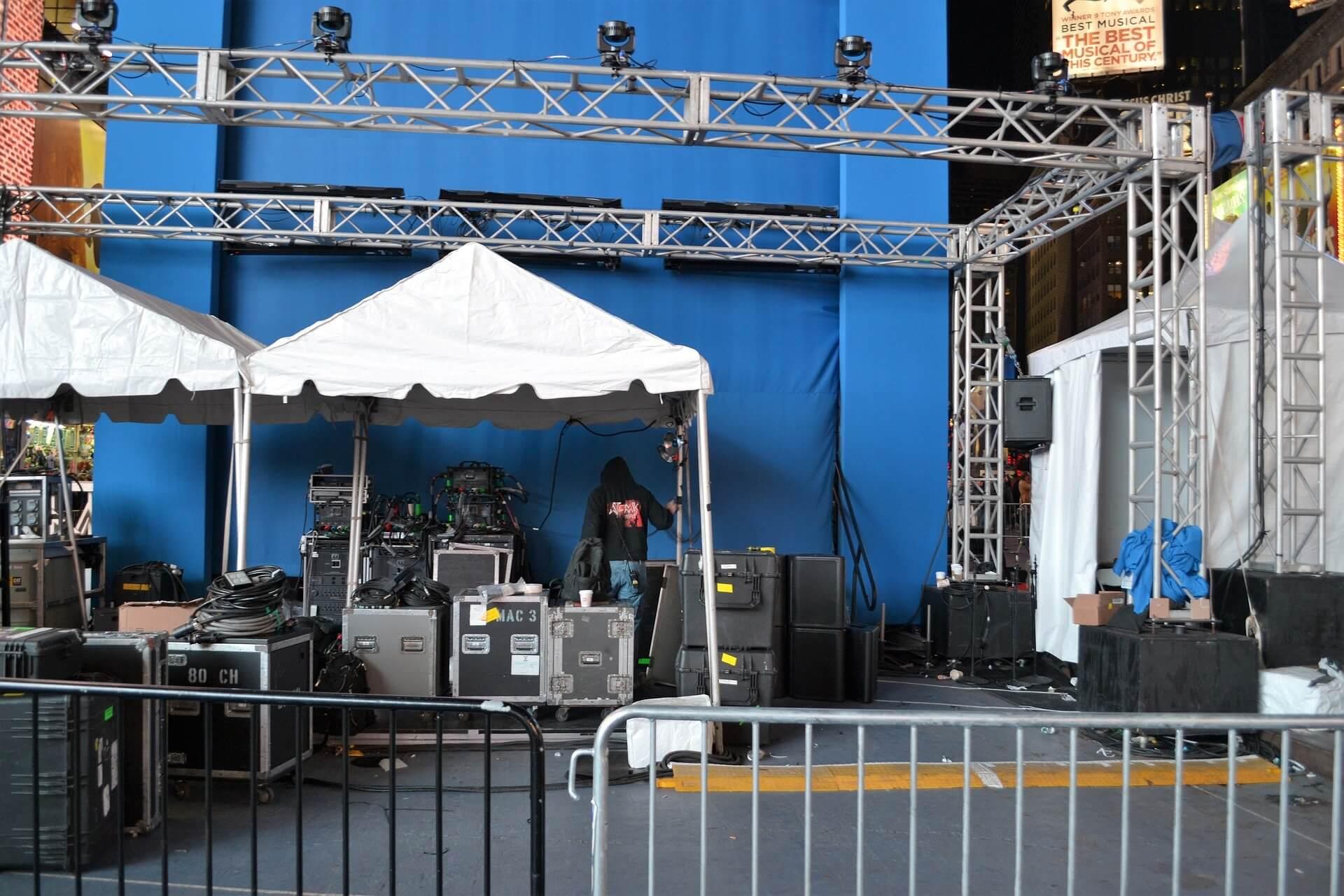 backstage-2858288_1920 (1)
